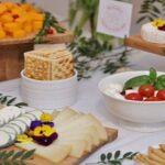Brânzeturi, mezeluri și vinuri rafinate